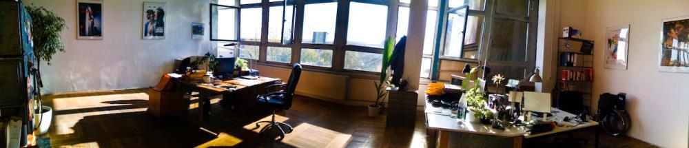 n13-Media Office